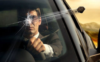 Техосмотр с трещиной на лобовом стекле: можно ли пройти и какое повреждение допускается в 2020 году
