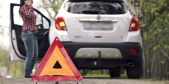 Где запрещена остановка транспортного средства по ПДД 2020 года: исключения