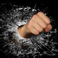 Статья за избиение человека, несовершеннолетнего ребёнка в УК РФ: срок