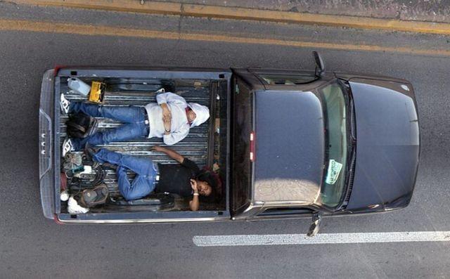 Перевозка людей в кузове грузового автомобиля: штраф, разрешается ли в 2020 году