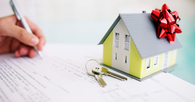 Как снять обременение с квартиры после погашения ипотеки в 2020 году: документы для Росреестра