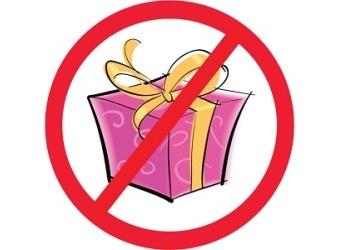 Можно ли отменить дарственную на квартиру при жизни дарителя в 2020 году{q} Как аннулировать и отозвать договор дарения{q}