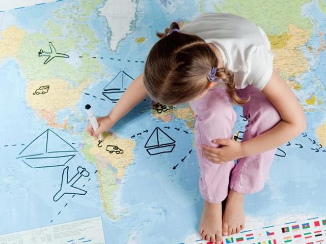 Как вписать ребенка в загранпаспорт родителей в 2020 году?