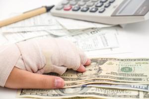 Возмещение вреда здоровью при ДТП по ОСАГО в 2017 году: сумма компенсации, как определить