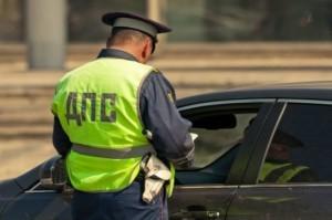 Имеет ли право сотрудник ГИБДД останавливать без причины в черте города в 2020 году