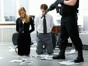 Захват заложников статья 206 УК РФ: правила поведения, отличие от похищения