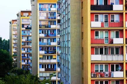 Придомовая территория многоквартирного дома: нормативы, правила, уборка, содержание, благоустройство