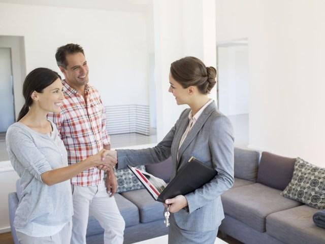 Как сдать квартиру в аренду правильно в 2020 году: на долгий срок и посуточно
