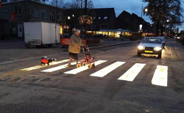 Штраф за пешехода на переходе в 2020 году: сумма за непропуск